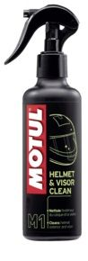 MOTUL M1 Helmet Visor Clean